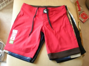 shorts_black_blue_red